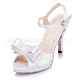 Wholesale Fashion Peep Toe Satin Wedding Shoes cm Bridal High Heels Shoes Sandals Buckles Ankle Strap Platform Bridal Pumps Women Evening Shoes