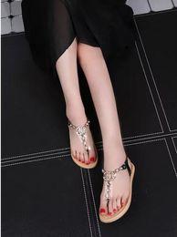 Wholesale 2016 Summer Women Sandal Sandals Flat Thong Rubber Sole Flip Flops Arrow Beach Shoes diamond Sandalias