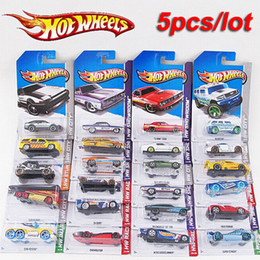 Wholesale 5 metal car model classic antique collectible toy cars for sale hotwheels collection hot wheels miniatures scale cars models