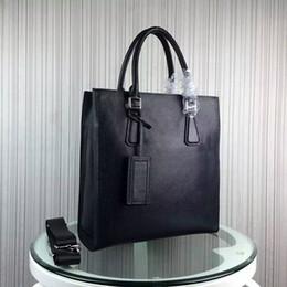 Sac d'affaires à vendre-Vente en gros célèbre designer hommes en cuir véritable BRIEFASE Homme d'affaires réussie sacs de haute qualité ordinateur portable 70