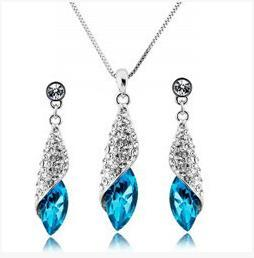 Wholesale Top fashion silver plated Drop Austrian crystal necklace and earrings set women jewelry suit