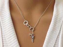 Wholesale hot sale antique silver tone Lariat Handcuff Gun charm pendant Necklace