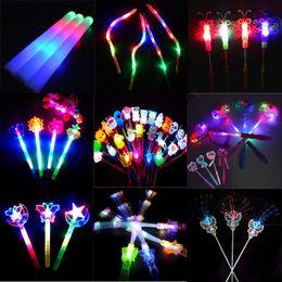 Novelty Kids LED Light Flashing Princess Fairy Magic Wand Sticks Girls Party Favor Cheer Supplies Gift