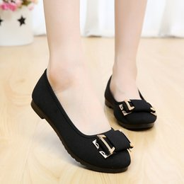 Wholesale In the spring of new old Beijing ladies shoes with flat casual shoes Doug drive work