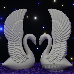 Wholesale 201 Novelty Double sided plastic swans solid background adornment check in area furnishing articles with base Pillars