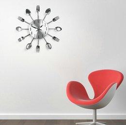 Wholesale Modern Design Metal Sliver Cutlery Kitchen Utensil Wall Clock Spoon Fork Clock Wall Clock Wholesales