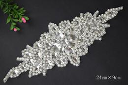 Fashion Design Manual Crystal Pearls With Diamond Gorgeous Bride Wedding Dress Wedding Bride White Belt Accessories