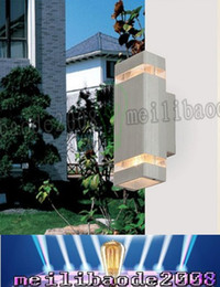 Wholesale Modern minimalist W aluminum on the wall lamp corridor balcony lamp outdoor wall lamp fashion years warranty LLFA