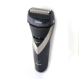 Wholesale Retail KEMEI KE Electronic Shaver Reciprocating Razor Electric Shaver Triple Blade Shaving Waterproof Razors D Floating