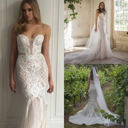 New Appliqued Mermaid Wedding Dresses 2019 Sheer Plunging Neckline Covered Buttons Back Sweep Train Tulle Bridal Gowns