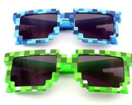 Wholesale Pixel Mosaic Plaid sunglasses fashion men women CPU Bit Low Resolution Pixelated Sunglasses UV400 Party Fancy Dress props