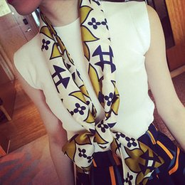 Scarf woman Spring & Autumn Long Double sided scarf Geometric print Fashion Accessories Scarves & Wraps