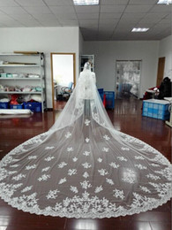 Top Quality Best Sale Fashion Designer Cathedral Lace Edge Bridal Veil White Ivory Applique Wedding Veils One Layer