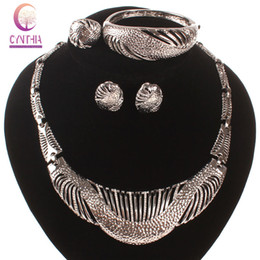 New arrival Exclusive sales earrings for women statement necklace african jewelry necklace Indian jewelry Earrings hot sale