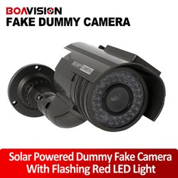 Wholesale Solar energy Power Fake Camera Realistic Dummy Decoy Security Camera Surveillance Simulated Fake CCTV Cam with Blinking LED