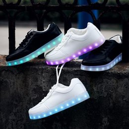 2015 Simulation Led Shoes For Adults Fashion High Quality Unisex LED Luminous Shoes Men & women Casual Shoes led shoe female