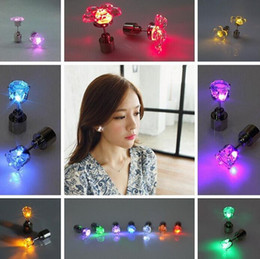 LED Electronic Light LED Flash Earrings Flash Stud Earrings LED Crown Earrings Hipster Novel Creative Personality Love Stud Earrings Earring
