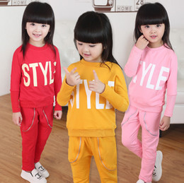 2016 Spring and Autumn new children's clothing Korean girls bat shirt letters printed in children two-piece suit children explosion models