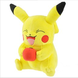Wholesale 25cm Anime Poke Pikachu Hold Apple Plush Soft Stuffed Doll Toy for kids gift retail