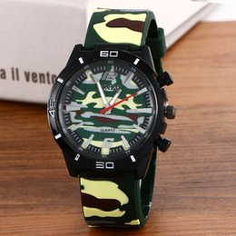 Sport Watches For Mens Brand New Casual Silicone Band Round Dial Mens Quartz Watch Fashion Watch For Man