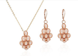 new cheap price 3pc lot necklace set=necklace+earring special style best quality white imitation pearl necklace white diamond necklace