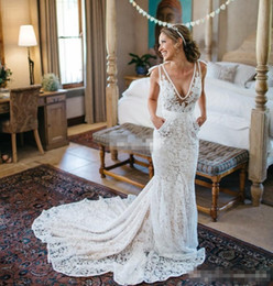 Wholesale Best Selling Inbal Dror Lace Wedding Dresses Backless Plunging Deep V Neck Chapel Train with Pockets Sheer Summer Beach Bridal Gowns