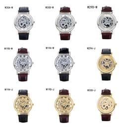 2017 relojes de pulsera piezas El mejor reloj del cuarzo del regalo de los relojes de la pulsera reloj de la correa del negocio de la manera, relojes huecos del mens de los modelos análogos huecos de la energía 6 pedazos mucho color DFMWH6 de la mezcla relojes de pulsera piezas baratos