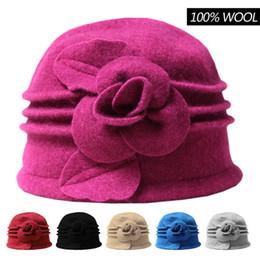 Dames hiver 100% laine Vintage Élégant flambant dôme Bucket Hat Cap cadeau pour la mère à partir de bonnet cru fournisseurs