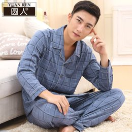 Wholesale-2016 new couple pajamas silk embroidery men home furnishing sleepwear two piece sets pijama masculino bathrobe red