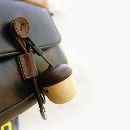 Wholesale Mini Bluetooth Speaker Portable Mini Speaker Cute Wooden Nut Shape Unique Design Outdoor Loudspeaker For Phone Backpack Travel
