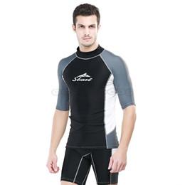 Natation costume sec en Ligne-Hommes Wetsuits UPF50 Manches courtes Chemises Pantalon Combinaison Quick Dry Maillot de bain Maillot de bain Snorkeling Natation Surf Rash Guard Hommes Maillots de bain