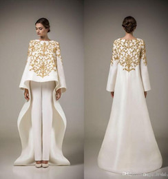 Wholesale Two Pieces Prom Dresses Vintage Long Sleeve Saudi Arabian Robe Muslim Formal Dresses Golden Embroidery Flowers White Evening Dress