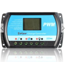Wholesale 12V V AUTO WORK PWM A Solar Charge Controller USB LCD Fully Stage Charge Management