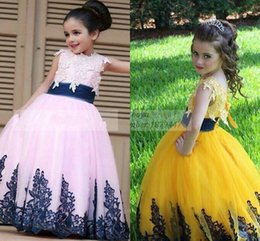 Pink Princess Little girls pageant dresses Ball gown with Applique Lace Tulle Lovely Beauty Kids dress Long First communion