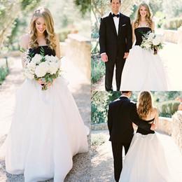 2016 Elegant Black & White A-Line Long Wedding Dresses Sexy Summer Strapless Ball Gown Bridal Gowns Custom Made Vestidos De Novia