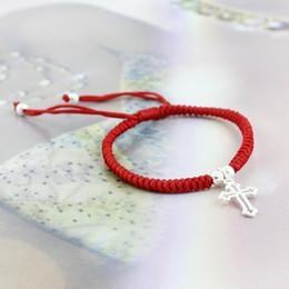 Wholesale El diez es de aproximadamente Meidi pulsera roja cadena de plata a mano cruz sección de joyería niñas mano regalo de la cuerda de la paz