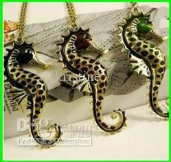 Wholesale necklace classical vintage necklace sea horse necklace sea horse jewelry sweater chain price