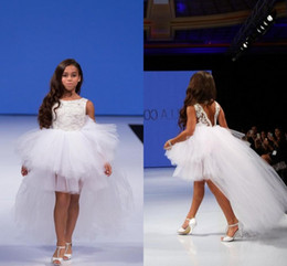 White Princess High Low Girls Pageant Dresses 2019 Isabella Backless Tulle Tiered Flower Girl Dresses For Wedding Child Prom Party Dresses