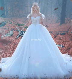 White Princess Ball Gown Wedding Dresses 2020 Long Puffy Crystals Country Garden Plus Size Bridal Gowns Off Shoulder