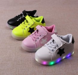 Wholesale 2016 children Kids Led Lighted Shoes Boys Girls Luminous Athletic Shoes Children Casual Sneakers Baby Boy Girl Boots Child Flat Shoes