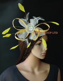 NEW yellow ivory Laeies crin fascinator for weddig,races,party.
