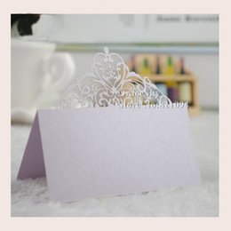 Wholesale 50pcs Beautiful Lace Crown Laser Cut Paper Place Seat Name Invitation Card for Wedding Birthday Party Table Decorations