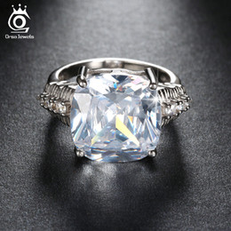 Wholesale Luxury Ct Cushion Cut Simulated Diamond Women Ring Big Size Stone Ring for Ladies Layer Platinum Plated OR100