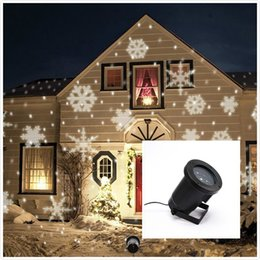 Wholesale Christmas Snowflake Projector Lamp Colorful Patterns Night Lamp Halloween Birthday Wedding Decoration Lamp Auto Moving Plug in Fairy Light