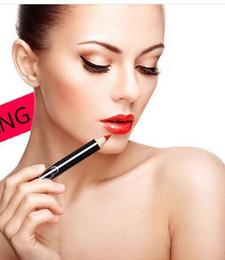 Wholesale 2016 new hot rod fashion waterproof black coat Q1615 color lip pencil lipstick pencil line modified e mail Bao