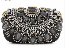 Women Famous Brand Crystal Evening Purse Metal Clutches Black & Silver Beaded Box Clutch Bags Handbags Bolsos Mujer Con Pedreria