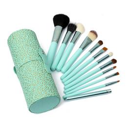 Wholesale Pro Makeup Brushes Set With Holder Cup Case Beauty Eyeshadow Powder Blusher Cosmetic Brush Tools Kit Hot