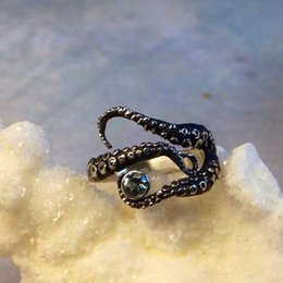 Tentacle Ring Octopus Ring Seductive Tentacle Ring in ancient silver Plating black Rhinestone by Octopus adjustable size