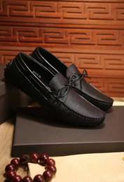 Descuento hombres zapatos nuevos estilos Zapatillas Moda Nueva Loafer Zapatos de marca de fábrica de cuero genuino de los hombres ocasionales Estilo de conducción Otoño Slip On Breatheable Flats Tamaño 38-44