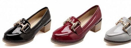 2016 spring new bright grey patent leather shoes with British style retro with coarse with women's shoe work